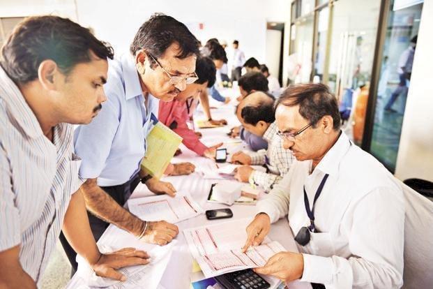 नरेंद्र मोदी सरकार का केंद्रीय कर्मचारियों को दीवाली गिफ्ट, 5 फीसदी महंगाई भत्ता बढ़ने से 50 लाख कर्मचारियों और 62 लाख पेंशनभोगियों को होगा लाभ