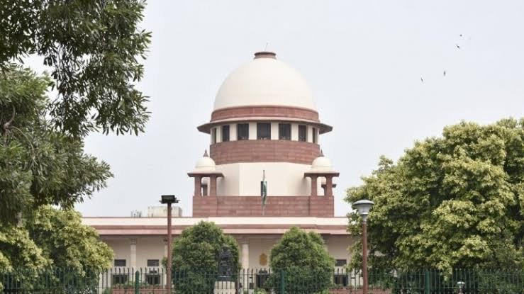 तेलंगाना एनकाउंटर मामला : SC ने तीन सदस्यीय न्यायिक आयोग का किया गठन, पूर्व न्यायाधीश वीएस सिरपुरकर की अध्यक्षता वाले आयोग को 6 महीने में दाखिल करेनी होगी  जांच रिपोर्ट