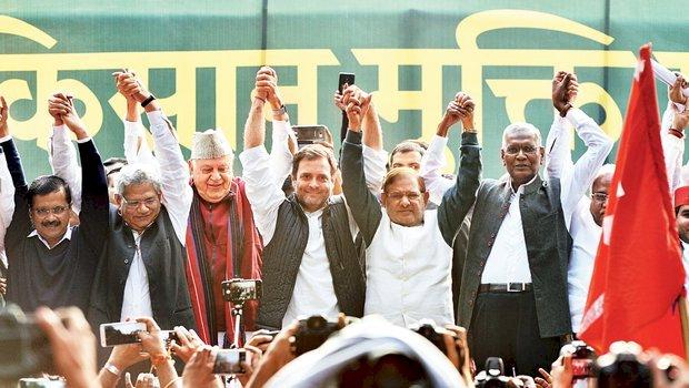 दिल्ली में बीजेपी को मिली हार का बिहार में क्या होगा असर?महागठबंधन के लिए प्रशांत किशोर साबित होंगे असरदार या नीतीश कुमार कराएंगे चुनावी नैया पार?