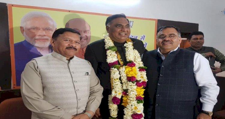 दिल्ली विधानसभा सत्र : रामनिवास गोयल दोबारा बने अध्यक्ष,बीजेपी ने रामवीर सिंह बिधूड़ी को बनाया नेता प्रतिपक्ष,प्रोटेम स्पीकर शोएब इकबाल ने विधायकों को दिलवाई शपथ