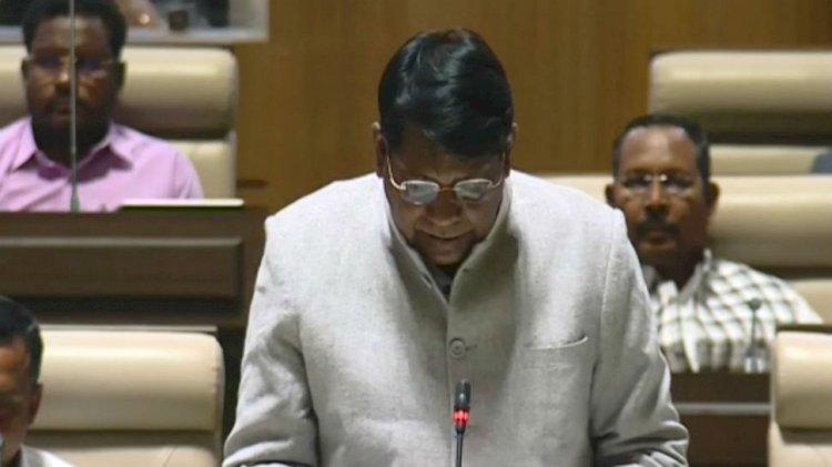 झारखंड के वित्त मंत्री डॉ. रामेश्वर उरांव ने पेश किया 86,370 करोड़ रुपए का बजट,शिक्षा और स्वास्थ्य का रखा विशेष ख्याल,100 यूनिट तक बिजली की फ्री